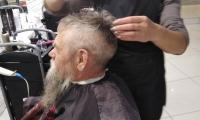 Пенсионеры ОБУСО «ЦСО «Участие» города Курска»  в салоне красоты «Стиль»