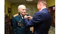 Награждение Циммера Виктора Ивановича памятным знаком  «75 ЛЕТ ОСВОБОЖДЕНИЯ СЕВАСТОПОЛЯ»